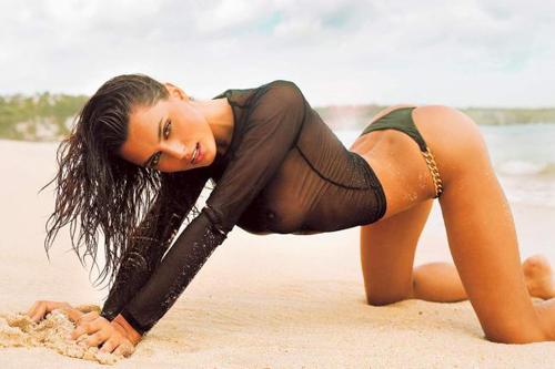 Очаровательная румынская модель - Катринель Менгиа (5 снимков)