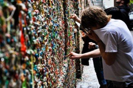 8 самых необычных стен со всего мира