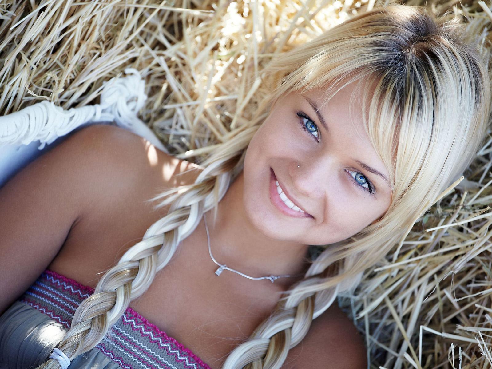 Русские молодые девочки голышом смотреть бесплатно 27 фотография