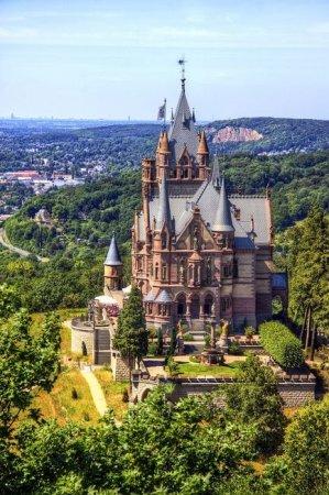 Необычный сказочный замок в Германии