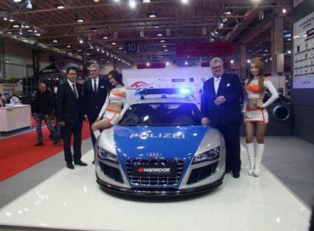 Полицейские автомобили разных стран мира
